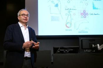 The convergence environment Personalised cancer therapies (PERCATHE) – background and the biostatistical perspectives Professor Arnoldo Frigessi,Institute of Basic Medical Sciences, Faculty of Medicine, director of Oslo Centre for Biostatistics and Epidemiology (OCBE), UiO/OUS Watch his presentation Photo: UiO:Life Science, Terje Heiestad