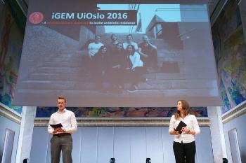 Students from the UiO iGEM-team 2016, Torleif Tollefsrud Gjølberg and Ragnhild Bugge. Download presentation (PDF). Watch their presentation.