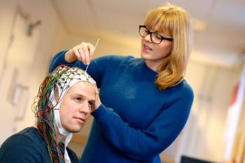 How do early factors affect our brains throughout life? And how can we optimize brain function? This is the topic addressed by the research group Lifespan Changes in Brain and Cognition (LCBC). It is headed by Professors Anders Fjell and Kristine Walhovd at the Department of Psychology, Faculty of Social Sciences. The group has been selected as one of five world-leading research communities at UiO, and also received the University's Research Prize for 2015. Read more on the research group's web page oslobrains.no. Photo: © UiO/Terje Heiestad