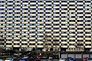 Bildet kan inneholde: arkitektur, blå, urbant område, boligområde, menneskelig oppgjør.