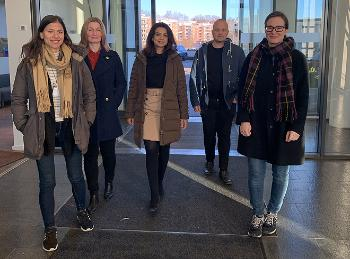 Anna Maria Liendo, Kari-Anne Bjørnerud, Sumera Majid, Stian Frammarsvik and Mari Corell are ready to come to those who need advice.
