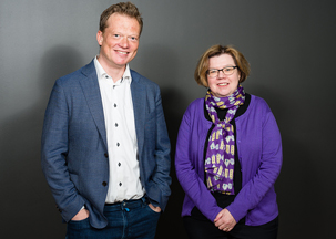 Eivind Engebretsen, vice-dean of postgraduate studies and Elin Olaug Rosvold, pro-dean for medical studies. Photo: Øystein Horgmo