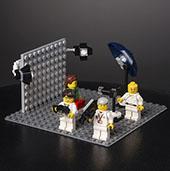 Bildet kan inneholde: Lego, Leketøy, Bord, Rom.