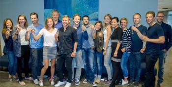 Forskningsgruppen LCBC sommeren 2015 i anledning at gruppen ble plukket ut av UiO til å være et verdensledende hjerneforskningsmiljø. Foto: Svein H. Milde, UiO.