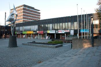 Bildet kan inneholde: arkitektur, bygning, by, mixed-bruk, urbant område.
