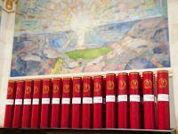 Doktordiplomene som deles ut under kreeringen i Universitetets aula.