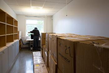 Before moving into Harald Schjelderups hus, RITMO's staff was located at three different departments and in three different buildings on the University of Oslo campus. There was a great volume of items, boxes and books to be moved. Bruno Laeng filled quite a few boxes.