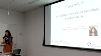 Anais Llorens presents results from an intracranial EEG study of inter-individual communication.