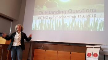 The Outstanding Questions were in focus during RITMO's summer seminar. Centre Director Anne Danielsen introduced the discussion.