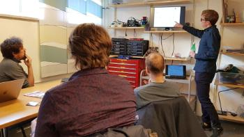 RITMO's new electronics lab opened in 2019, and is hosting weekly meetings and workshops. Here Kyrre Glette presents some of his research into musical robotics.