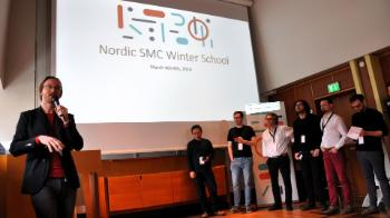 RITMO's deputy director Alexander Refsum Jensenius welcomes the participants for the NordicSMC Winter School. The introduction was followed by speed presentations by all participants. They each got 1 minute and 1 slide to talk about their background and research.