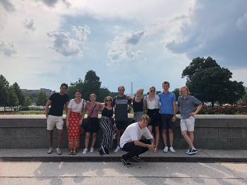 Studenter på sightseeing i DC